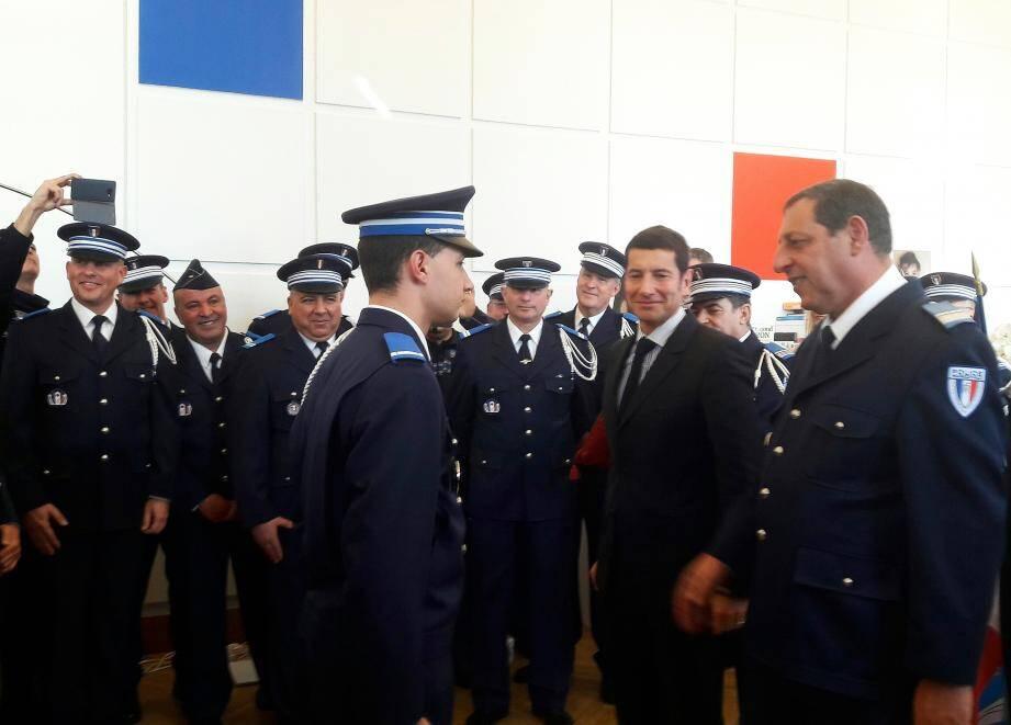 David Lisnard a remis ses galons au plus jeune chef de service de FrancePhoto L.S.