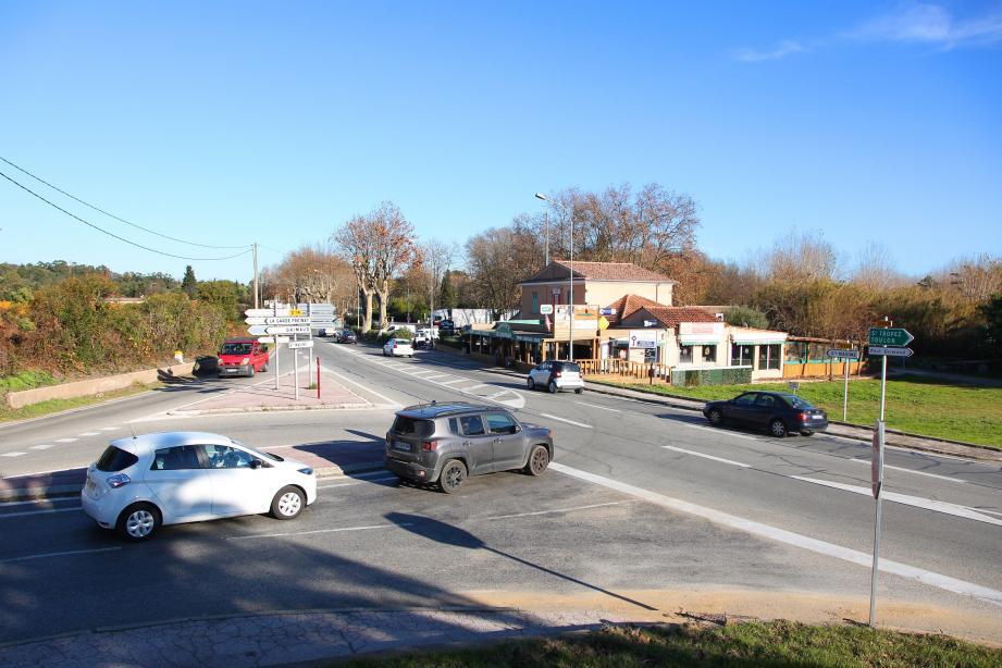 Le carrefour de Saint-Pons va prendre un nouveau visage avec un rond-point pour plus de sécurité.