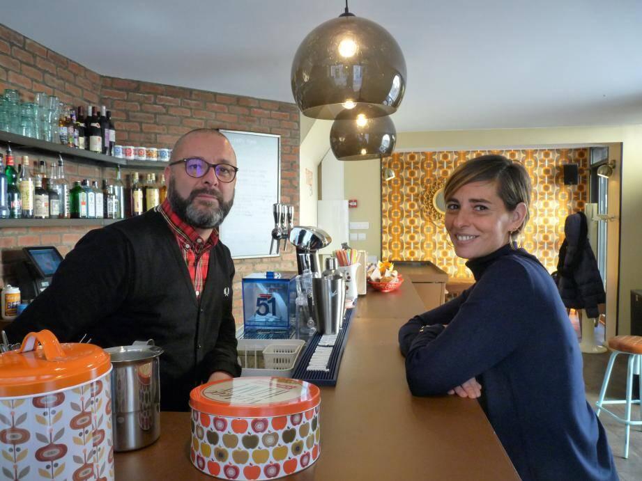Natacha Forcinal et Stéphane Bernaille, mariés et désormais associés, misent sur une large amplitude horaire et une qualité de service pour fidéliser la clientèle.