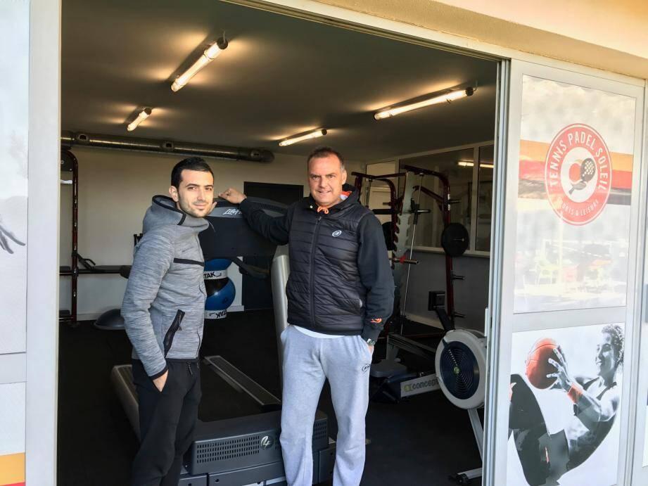 Christian Collange, à droite, s'est associé à Diego Goncalves, préparateur physique de la Roca Team, pour lancer la salle de gymnastique et fitness. Tout l'équipement, de dernière génération, a été pensé pour répondre aux attentes de chacun.