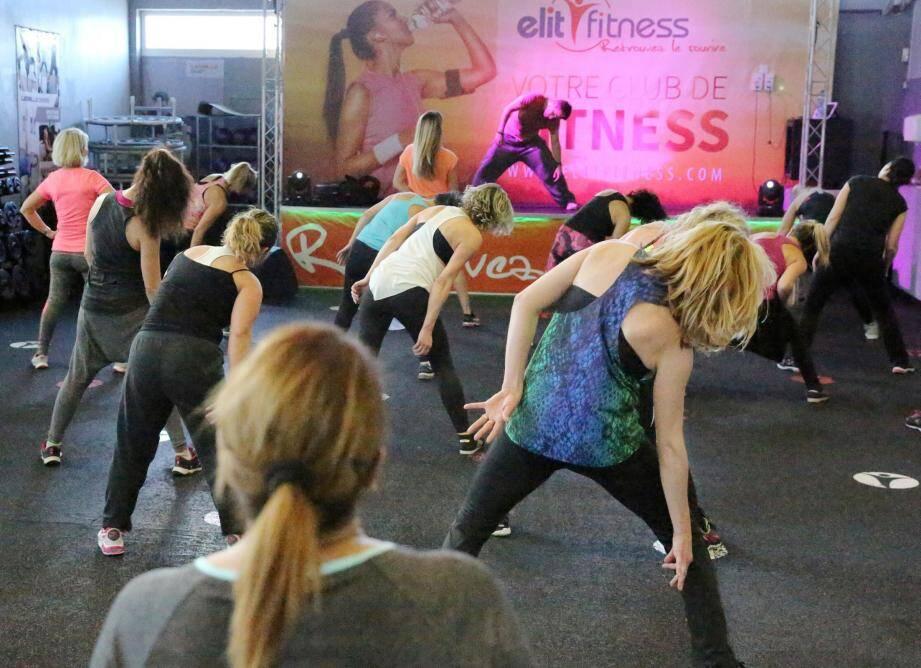 Un cours collectif de Bodyjam à la salle Elit Fitness Tassigny à Fréjus.