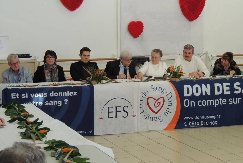 Guy Anastile et Simone Denis ont présenté les différents rapports de l'année écoulée en présence des membres du bureau et d'une cinquantaine d'adhérents.
