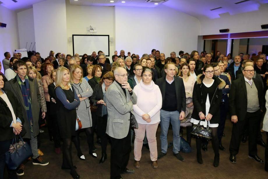 Élus locaux, partenaires économiques, responsables du monde associatif et commerçants de l'Est-Var sont venus en nombre assister à la traditionnelle cérémonie des vœux de la CCI.