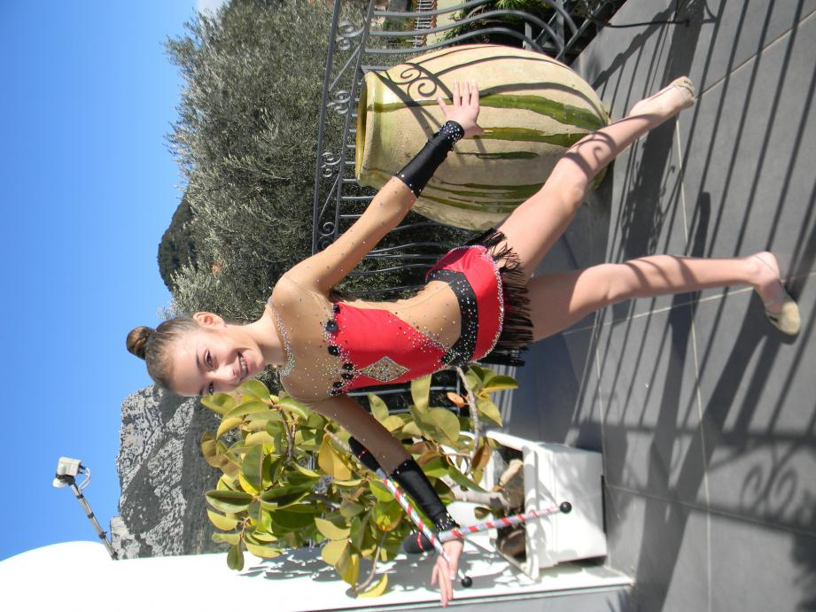 Avec grâce, sérieux et détermination, Lisa Sirignano, championne valettoise de GR, s'entraîne en vue du championnat de France prévu demain, à Chambéry.