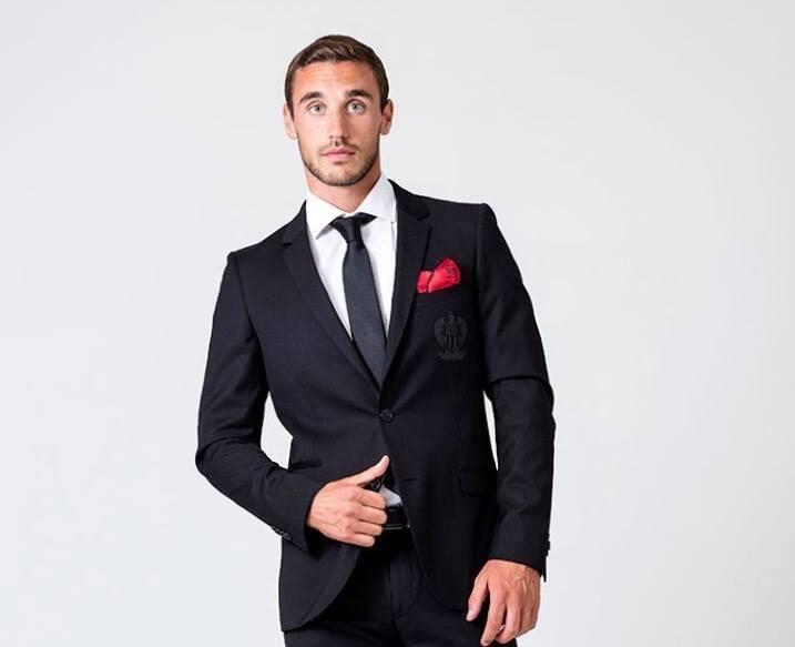 Alexandre a travaillé pour de grandes marques comme Duncan, l'enseigne historique niçoise, habilleur officiel de l'OGC Nice.