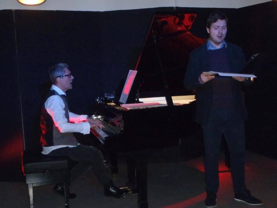 Plus de quinze ans de travail et d'amitié lie le contre-ténor Gabriel Jublin et le pianiste auteur-compositeur Jean-Michel Bossini.