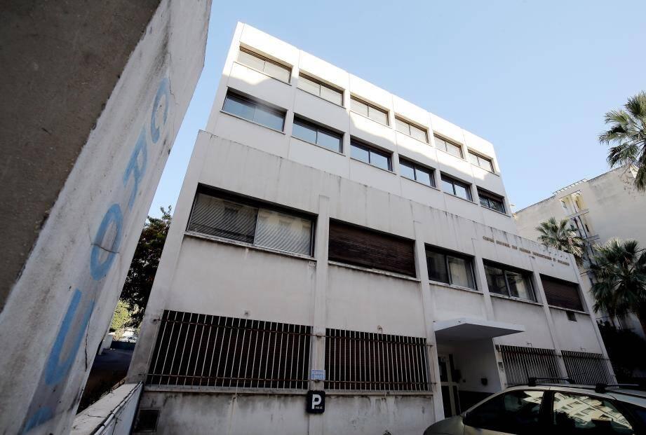 C'est dans le bâtiment historique du Crous, avenue des Fleurs, désormais vide, que le tribunal administratif de Nice devrait emménager. Courant 2018 et après travaux de rénovation.