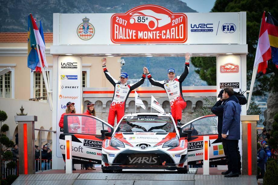 Jari Matti Latvala hisse la Yaris WRC sur la deuxième marche du podium. Qui l'eut cru ?