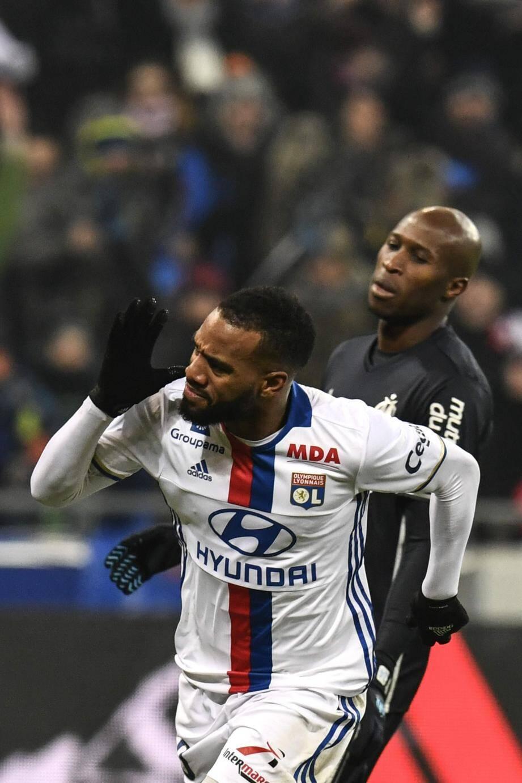 Auteur d'un doublé, Alexandre Lacazette a porté son total à dix-sept buts en Ligue 1 cette saison.