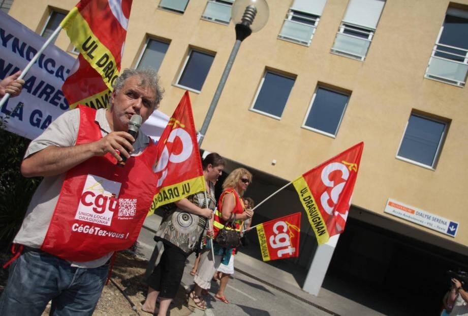 Gérard Battara : « Nous n'avons pas à nous prononcer sur le choix des partis politiques. »