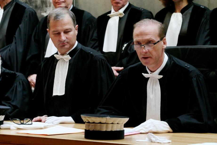 Le président Fabien Paul a cédé sa place à la tête du tribunal de commerce de Nice à Jean-Marcel Giuliani (à droite).