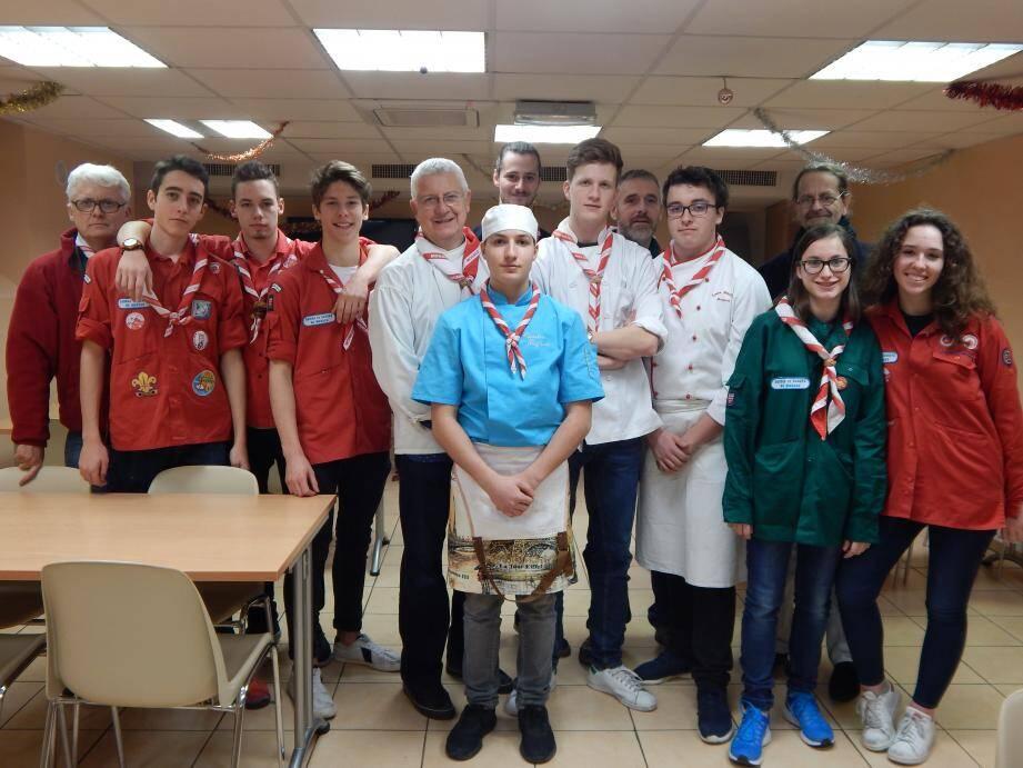 L'association des Guides et Scouts de Monaco a organisé un déjeuner  gastronomique pour des personnes défavorisées, à Nice.(DR)