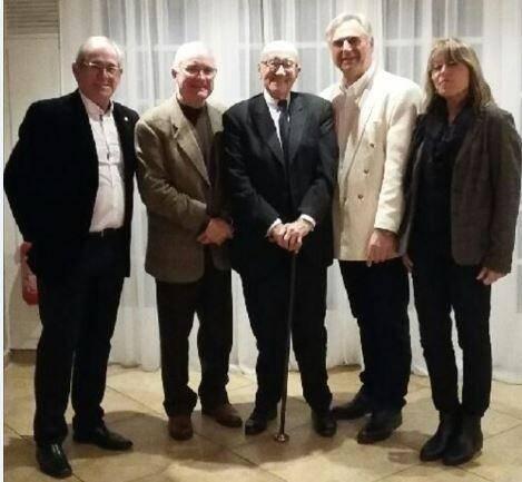 Invité par le Kiwanis Toulon îles d'or, l'ex-sénateur et maire de Toulon a donné une conférence dont les bénéfices seront reversés au profit des enfants en difficulté.