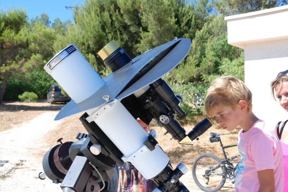 Bientôt, l'observatoire municipal du Gros Cerveau va prendre une dimension… astronomique avec la construction d'un dôme.