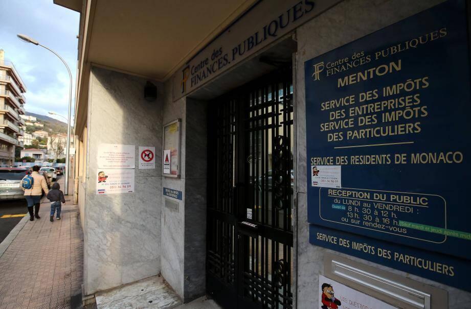 Le Service des Impôts des particuliers de Menton doit rembourser les Français de Monaco qui lui auraient payé les prélèvements sociaux sur leur revenu du capital.
