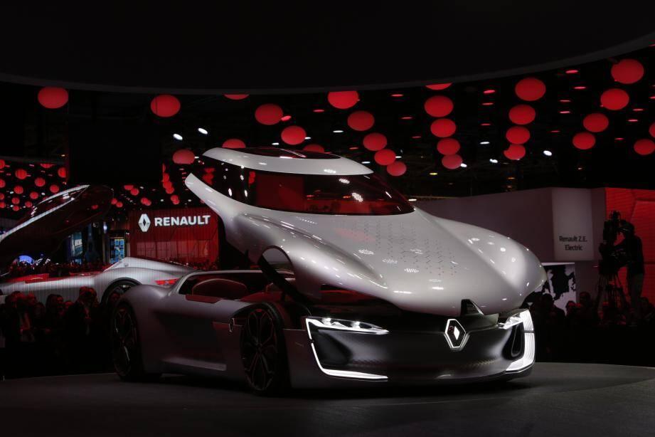 Les constructeurs présenteront leurs derniers bolides, comme ce concept-car Renault Trezor, un coupé électrique dévoilé à Paris au dernier Mondial de l'auto.