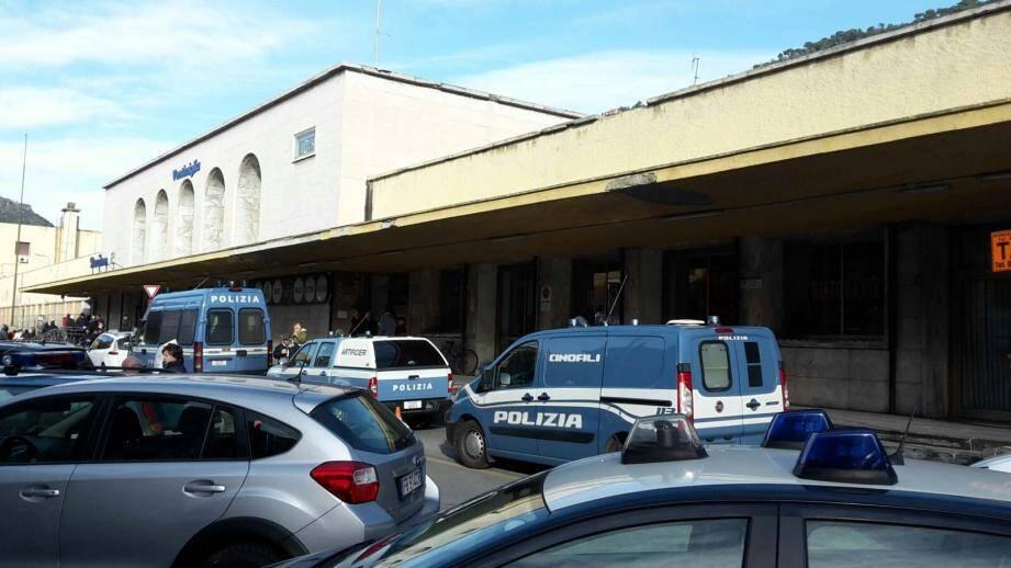 Samedi matin, les mesures de sécurité montent encore d'un cran à Vintimille.