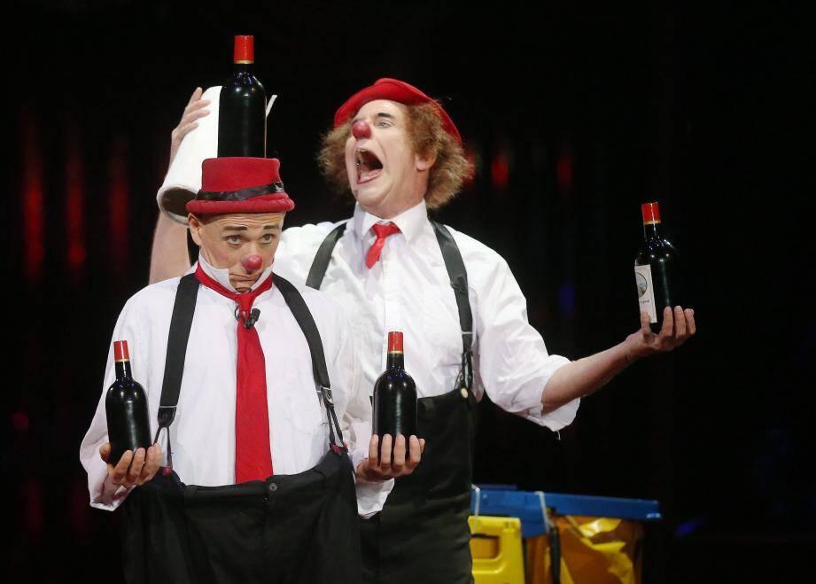 Des clowns pendant le Festival du Cirque de Monte-Carlo.