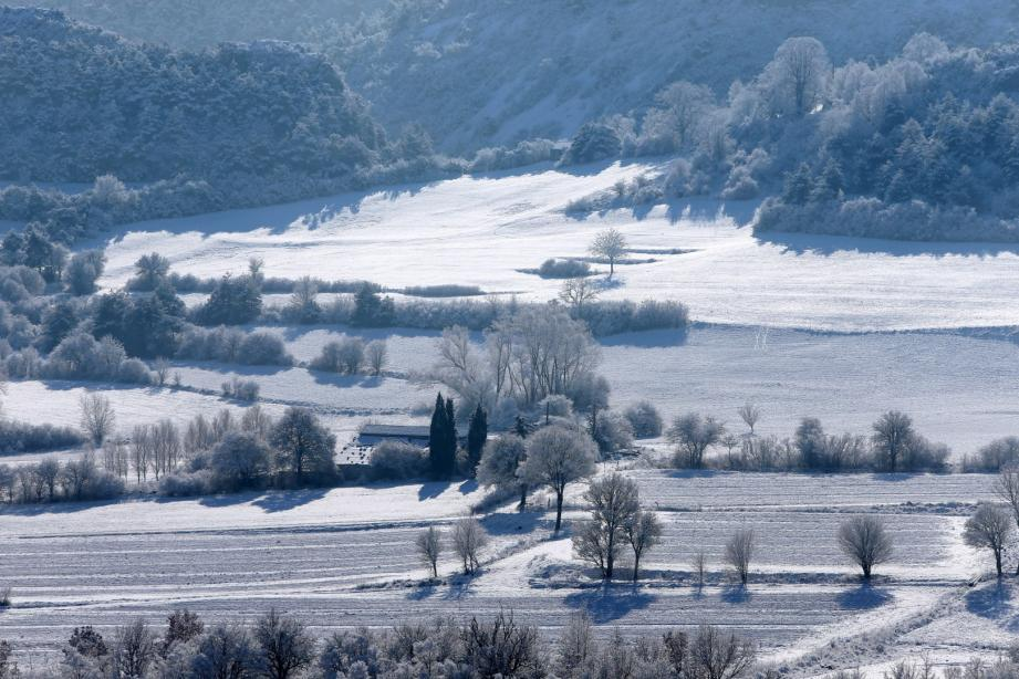 Premières neiges sur l'arriere-pays Dracénois, mi-janvier