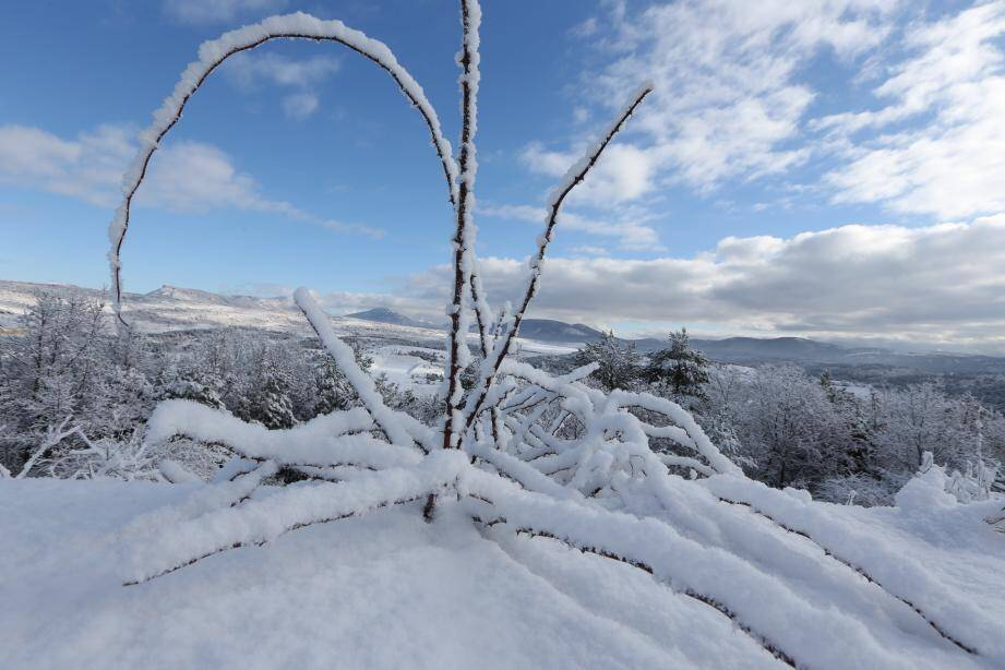 Premières neiges sur l'arrière-pays Dracénois, mardi dernier