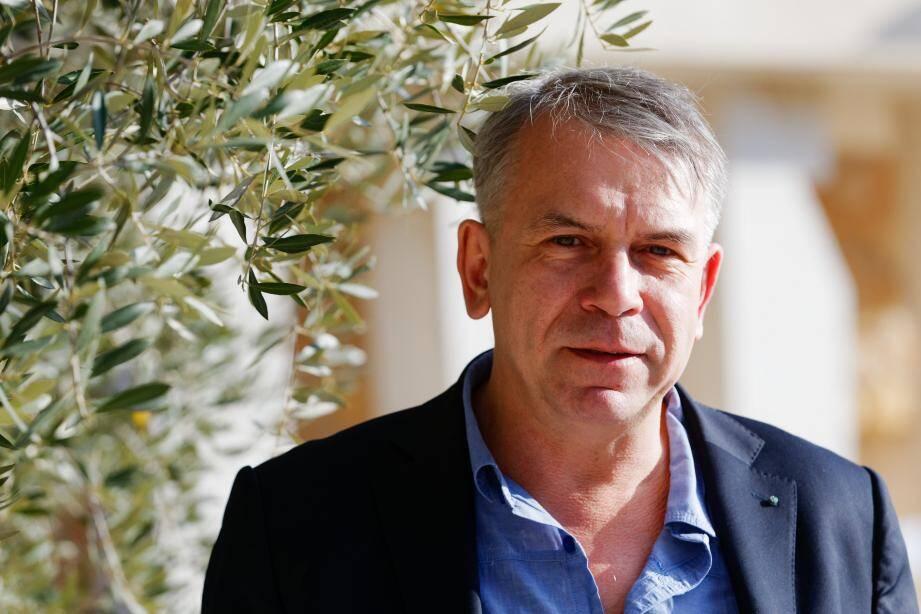 Philippe Torreton à Châteauvallon pour la résistible ascension d'Arturo Ui de Brecht