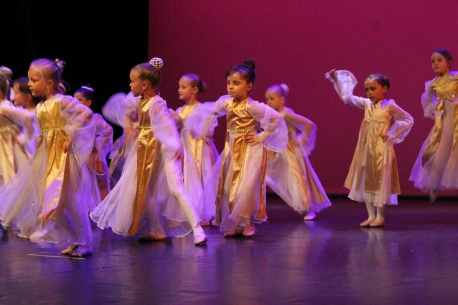 Un spectacle de l'Ecole de danse Nathalie Galusi