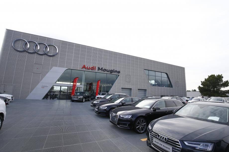 Le concessionnaire Audi est l'un des plus grands d'Europe avec 5 000 m2.