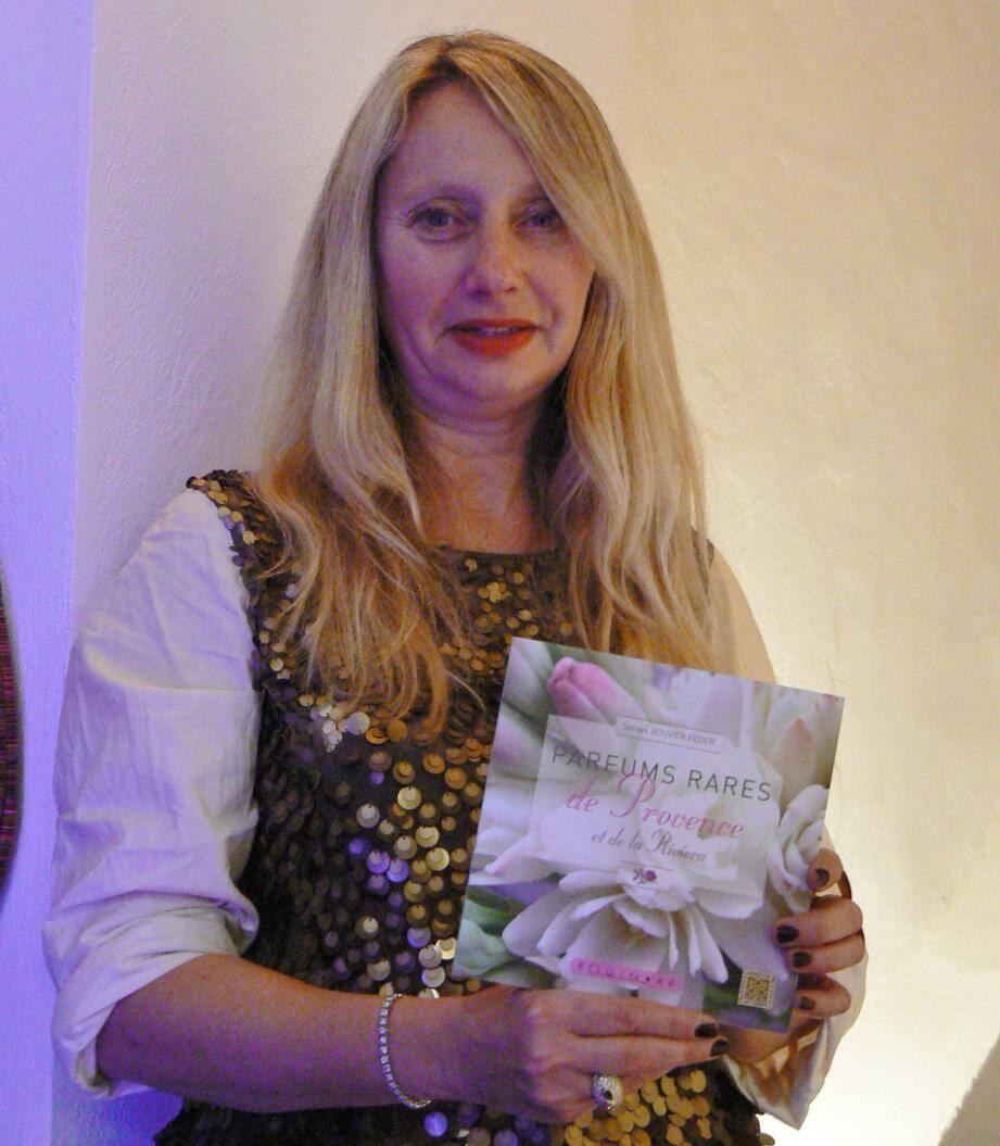 «Parfums rares de Provence» un livre aussi beau qu'intéressant.