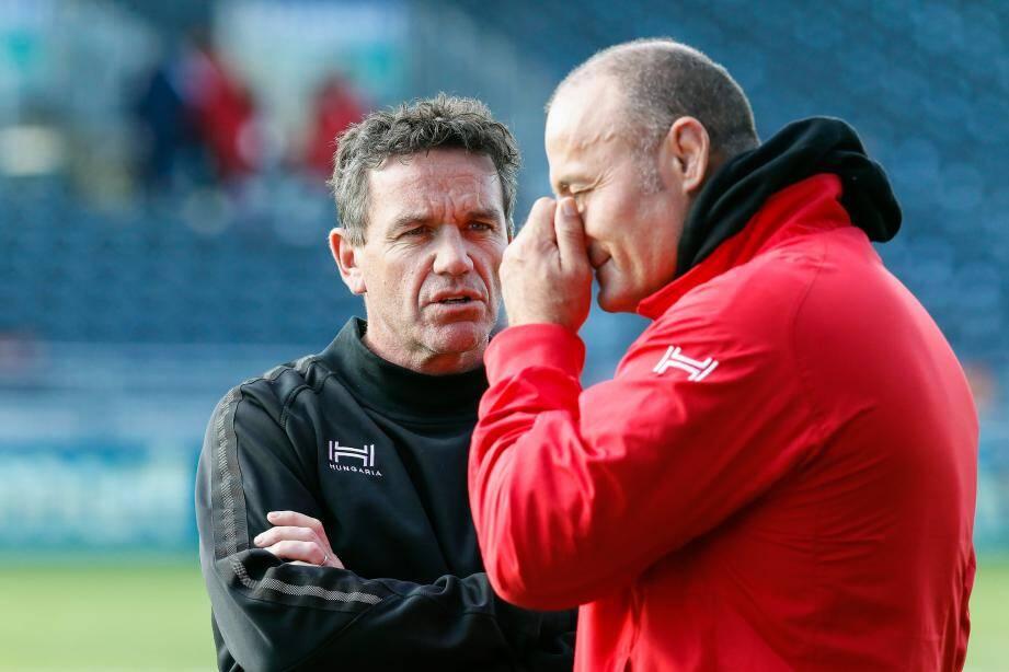 Mike Ford (de face) espère que son séjour dans le Var sera prochainement prolongé. Marc Dal Maso, quant à lui, s'interroge...