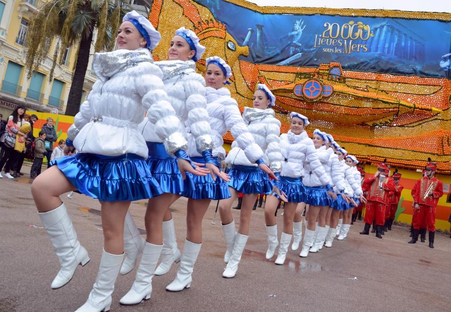 Plusieurs troupes animeront les rues de la cité durant la Fête du citron.