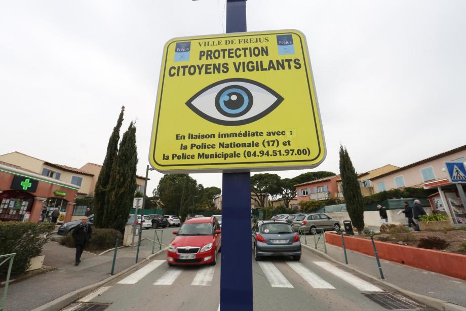 À Fréjus, quelque 400 citoyens vigilants veillent au grain.Au moindre fait inhabituel, ceux-ci informent les forces de l'ordre, avec qui ils ont un contact privilégié.