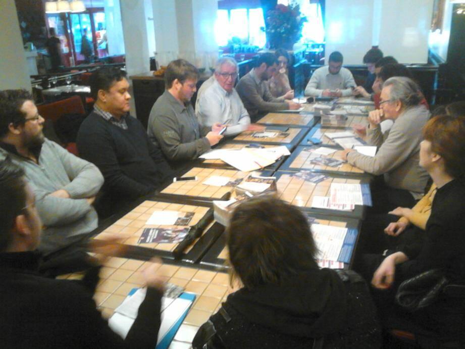 Les partisans de Benoît Hamon se sont réunis hier, dans un café de la place de la Liberté.