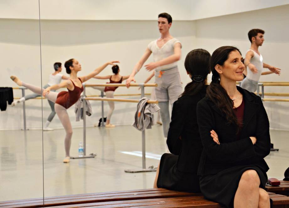Paola Cantalupo directrice artistique de l'ESDCM est aussi directrice du Cannes Jeune Ballet.