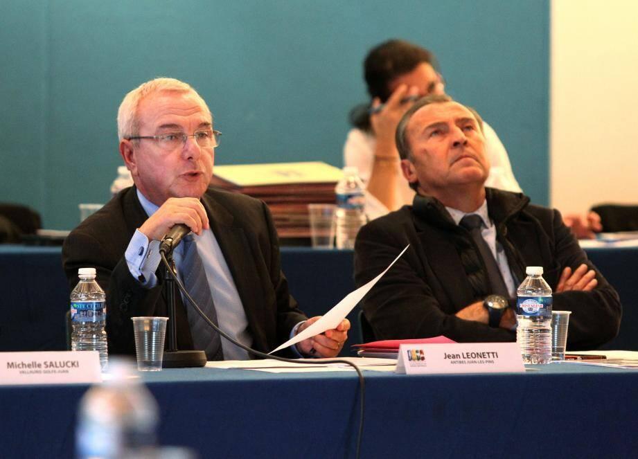 Le président Jean Leonetti et ses vice-présidents (ici Lionnel Luca) ont présenté les objectifs de l'année.