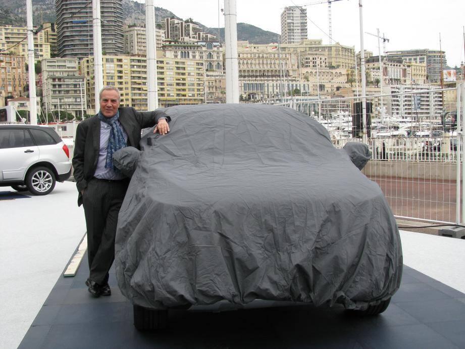 Ce matin, lors de l'inauguration du salon, Thierry Hesse dévoilera devant le prince Albert II cette voiture italienne (la DR4), l'une des trois exclusivités mondiales présentées à Monaco.