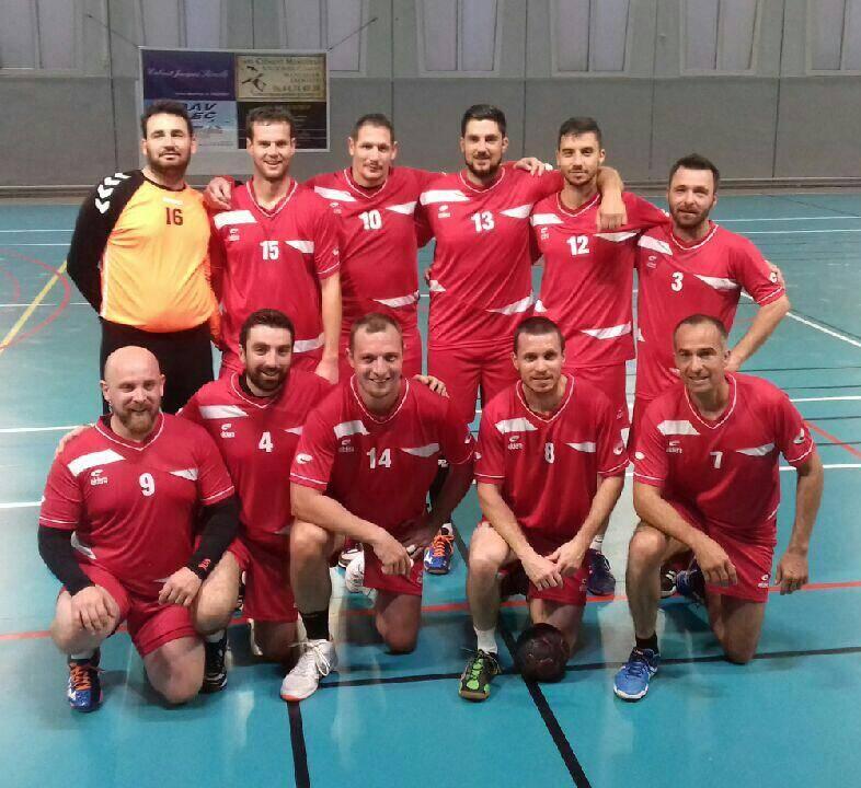 L'équipe seniors de l'entente Saint-Tropez-Cavalaire qui affrontera Grasse ce samedi. (SA)