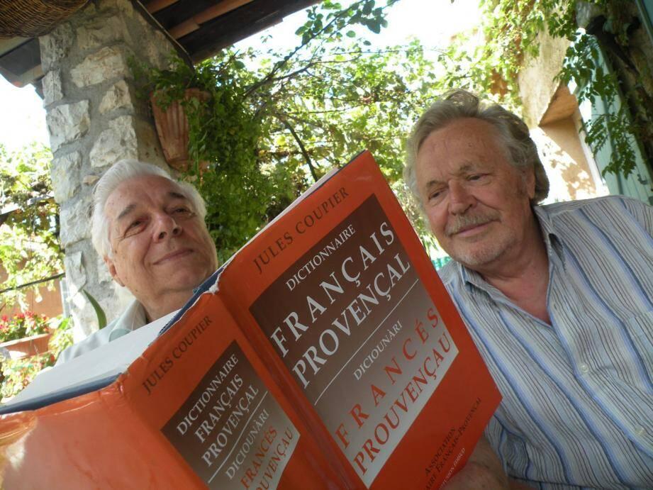 Jean Roba (à gauche) et Max Michel animent les cours de provençal de l'association.