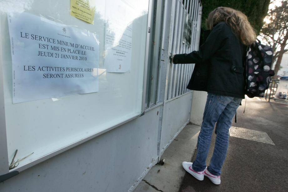 La désaffectation des locaux de l'école maternelle se tiendra à compter du 24 juillet. La démolition, elle, est prévue à partir de septembre.