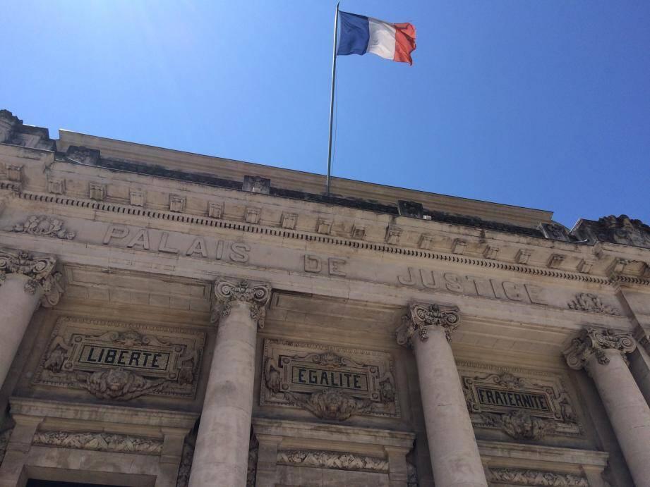 L'homme arrêté avec des stupéfiants a été jugé hier à Toulon.