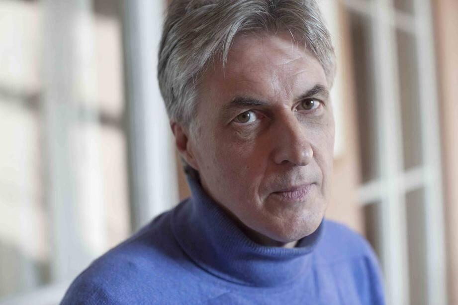 Gil Delamoi, politologue et sociologue, participera au colloque.