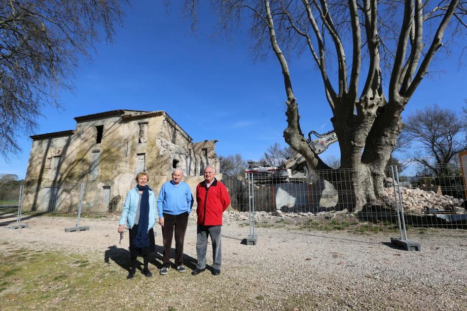 En apprenant  que les travaux démolition de la campagne Lion avaient commencé, Roger, René et Huguette ont décidé de faire une sorte de « pèlerinage ».