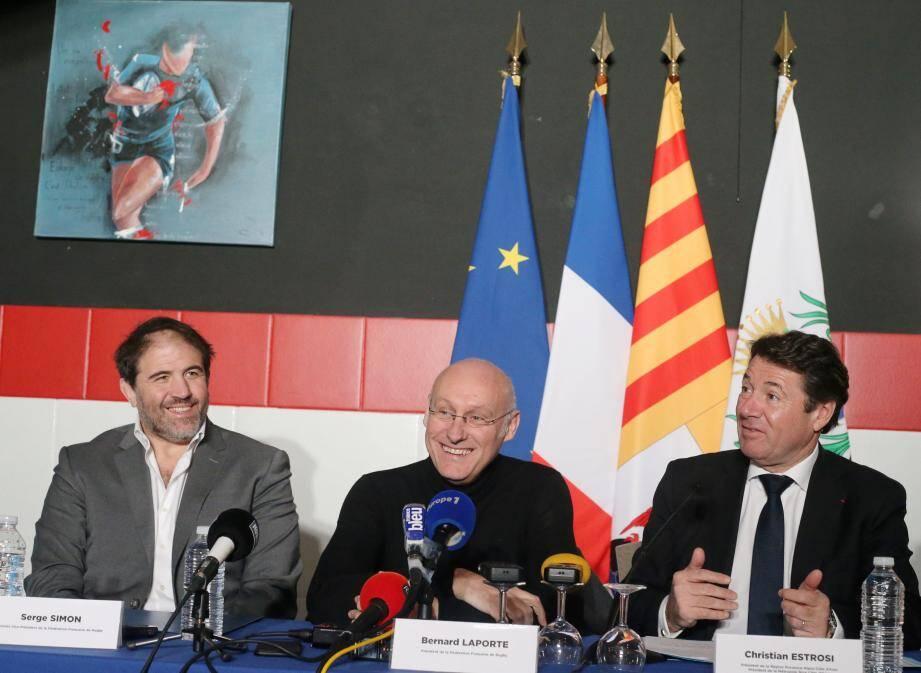 Serge Simon, Bernard Laporte et Christian Estrosi, amis et complices, se battent pour que la France obtienne l'organisation du Mondial 2023.