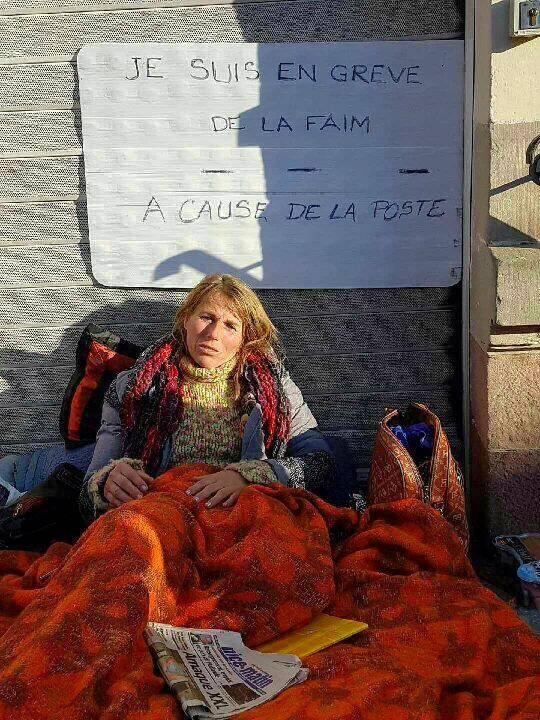 Hier, Marie-Antoinette Mourot avait quitté le perron de la Banque postale vosgienne où elle avait décidé, il y a quelques jours, d'entamer une grève de la faim. Elle rentre à Nice.