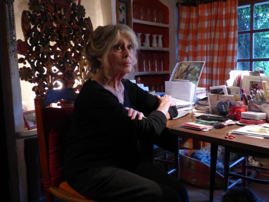 Brigitte Bardot a rédigé de son bureau tropézien un texte qui sonne comme un cri de désespoir.