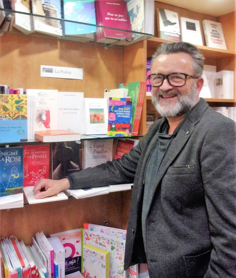 Pierre-Yves Dodat, un des deux libraires de Mille paresses.