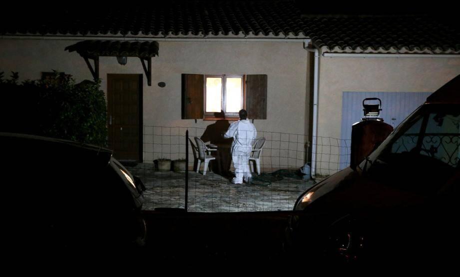 Les enquêteurs, sur les lieux du drame dimanche soir