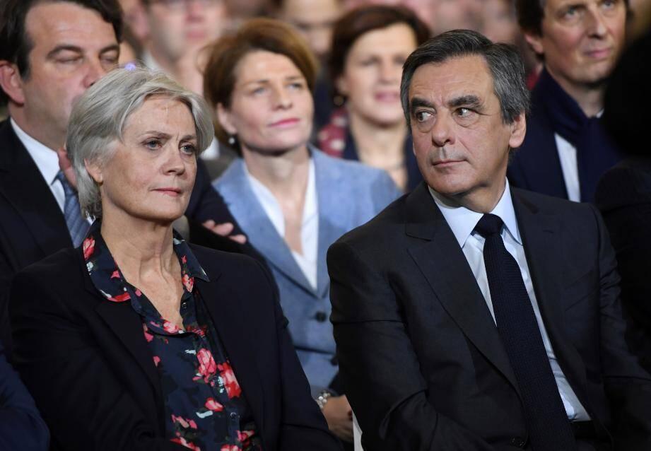 François Fillon et sa femme (ci-dessus le 29 janvier).