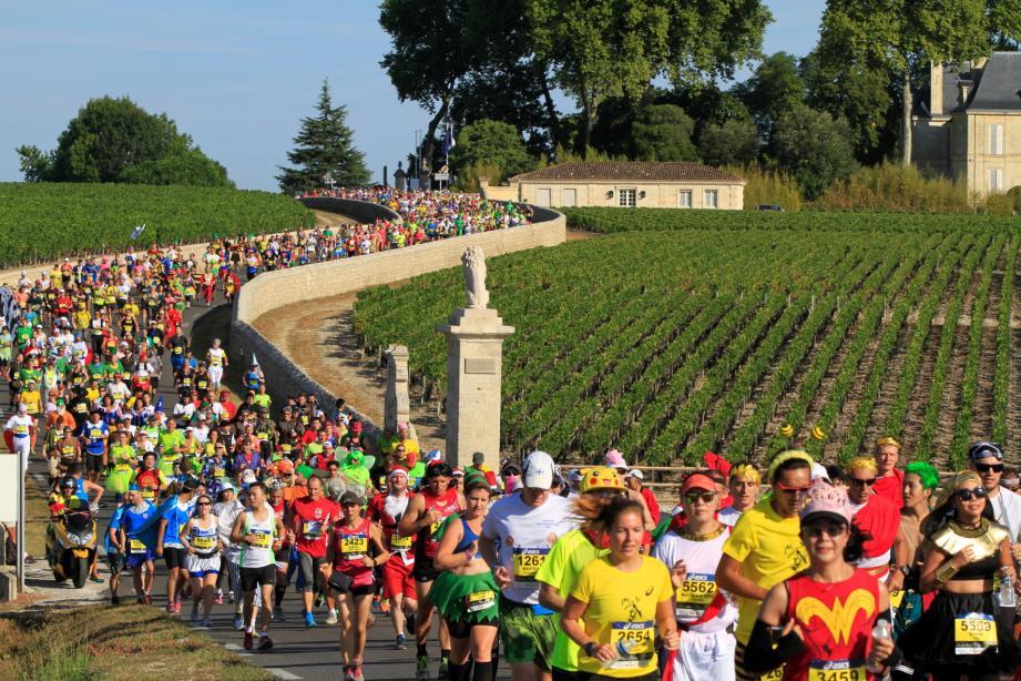 A l'instar de celui du Médoc (photo), le marathon sera festif, avec déguisements et dégustations de vins.