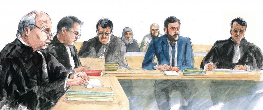 Parmi les avocats de la défense, le bâtonnier Dominique Mattei, Mes Fabien Perez, Michel Pezet et Lionel Moroni. (Croquis d'audience Rémi Kerfridin)