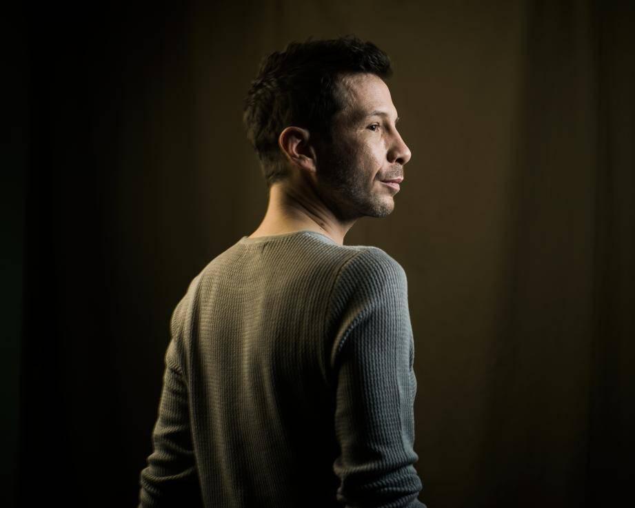 Invité du Forum Jacques Prévert, Alex Beaupain sera vendredi soir en scène salle Juliette Greco à Carros.(DR)